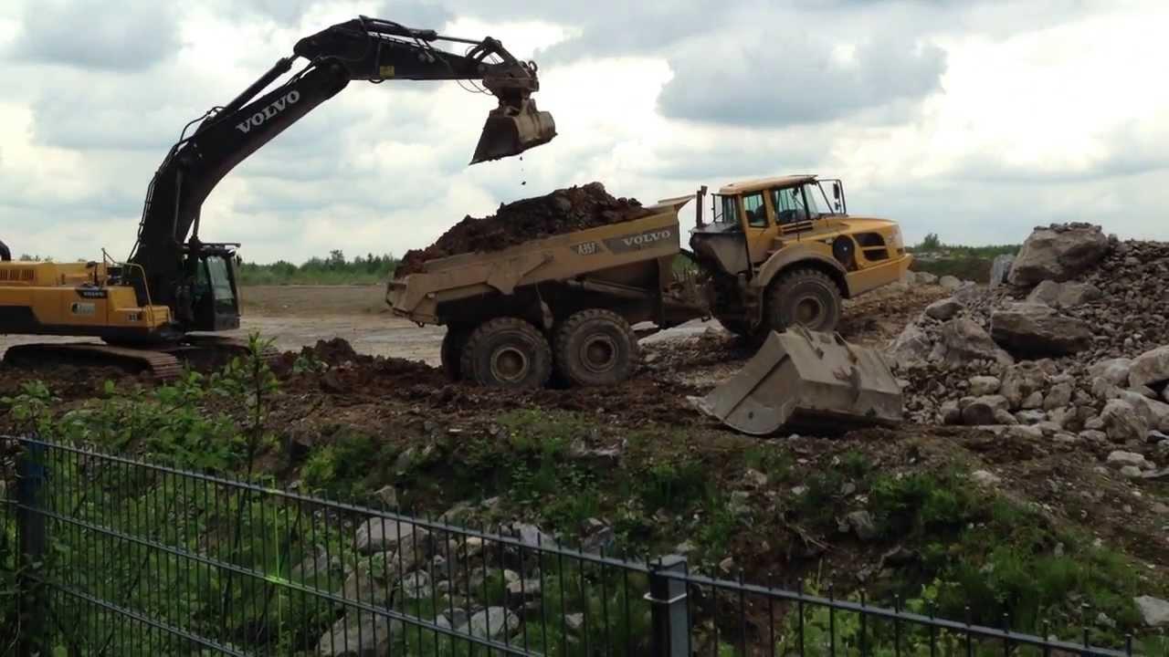 Volvo Crawler Excavator Bagger Fahren Renaturierung Eignerbach In