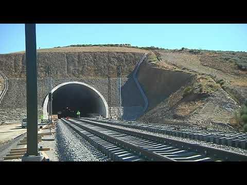 ADIF AV adjudica la ejecución y el mantenimiento dle telemando de energía del tramo Pedralba Ourense