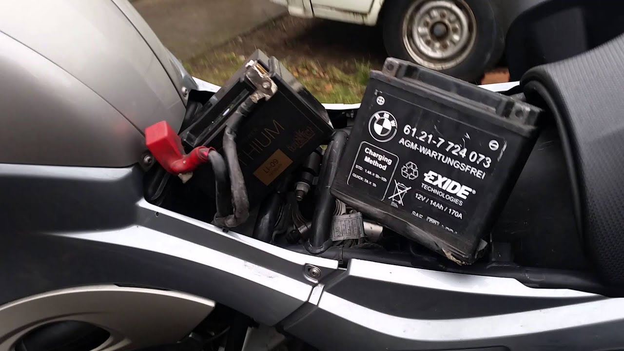 how to change the battery in bmw r1200 c montauk