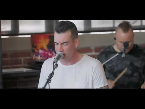 THEORY - Straight Jacket [LIVE in the Point Lounge]