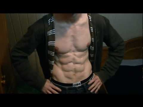 lean dude reveals amazing ripped body (10pack abs)