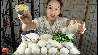 Thử thách ăn 20 trứng vịt lộn.cách luộc trứng vịt lộn ngon tuyệt ,Cuộc sống Mỹ.