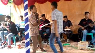 Video Berjo rt.10 dangdut gubuk bambu download MP3, 3GP, MP4, WEBM, AVI, FLV Desember 2017