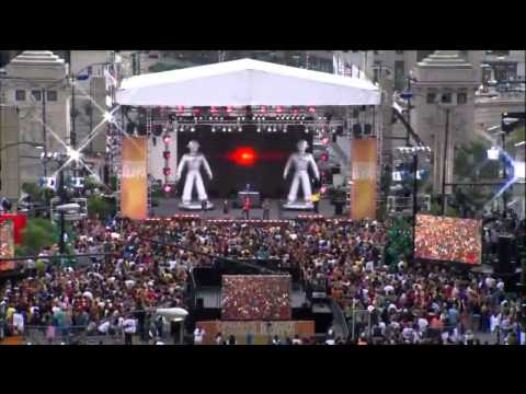 FLASH MOB Black Eyed Peas I Gotta Feeling en Chicago