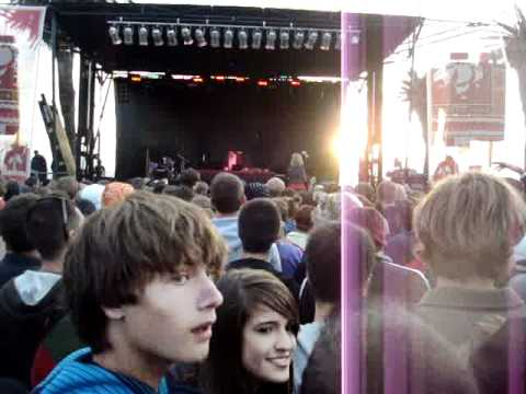 Four Tet - Angel Echoes & Love Cry (Live @ Treasure Island Music Festival on 10.16.2010)