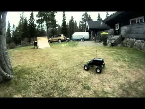 Traxxas Grave Digger Big Air BACKFLIP Attempt