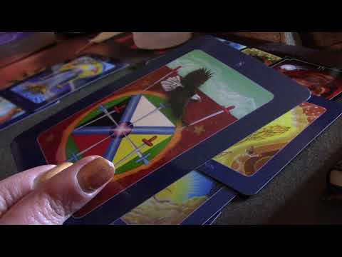 Celebrity Tarot Reading - Adrienne Bailon vs Tamar Braxton 12/13/17