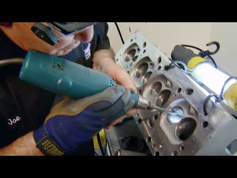 Hand Porting Cylinder Heads on an Olds 455 Big Block with Legendary Joe Mondello- Horsepower S13, E6