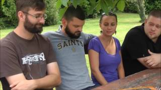Élő Örökségünk - Riport A Válicka Citerazenekar Tagjaival