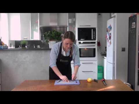 astuce-cuisine-:-prélever-le-zeste-d'un-citron