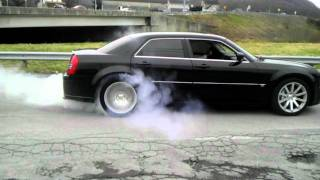 Chrysler 300c SRT8 Burnout