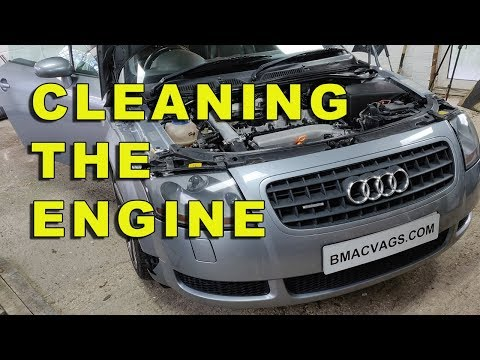 Cleaning and Degreasing The Audi TT Oily Engine