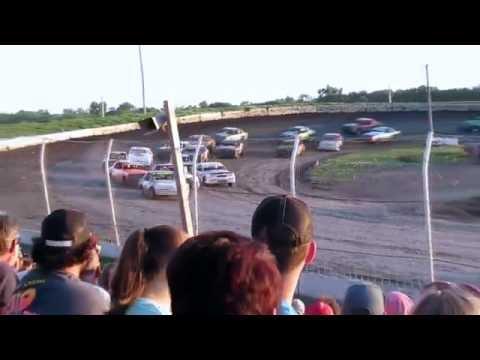 Raceway Park IMCA Hobby stock Feature Jefferson, SD 6/26/16 Mid Season Championship (Tony Fetterman)