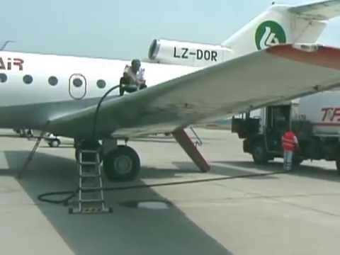 THE SIGHT & THE SOUND 5/13 : Hemus Air YAK-40 LZ-DOR inflight documentary from Bratislava to Leipzig