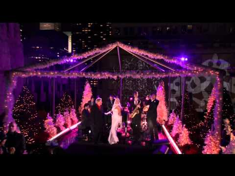 Tony Bennett & Lady Gaga - It Don't Mean A Thing (If It Ain't Got That Swing) New Years Eve [720p]