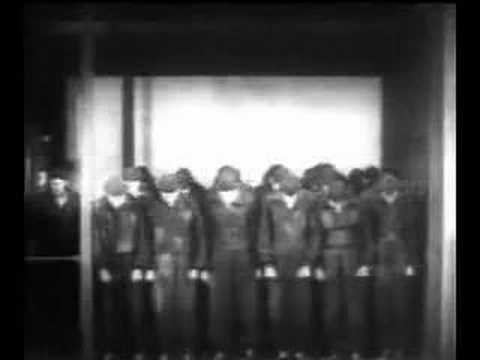 themes in metropolis Metropolis and marxism i was quite surprised to be watching a 1920s silent film in religious studies class this week, but after the discussion in class on monday, it made a lot of sense why we watched it.