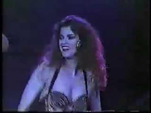 NOCHES DE CABARET 1990