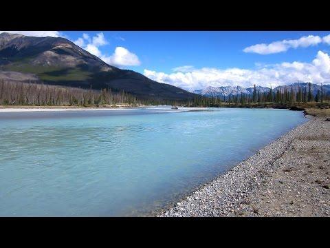 Canoeing The North Saskatchewan River - Saskatchewan Crossing To Abraham Lake