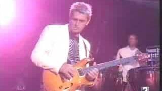 Скачать Mike Oldfield Moonlight Shadow Live 1998