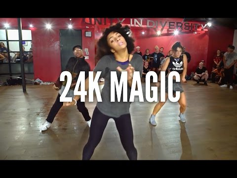 BRUNO MARS - 24K Magic | Kyle Hanagami...