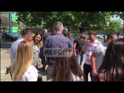 Arrestimi i anëtarëve të FRPD Shkodër, Voltana Ademi dhe deputetë të PD shkojnë të Komisariati