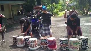 Indonesian percussion music with  recycled musical instruments, Part I