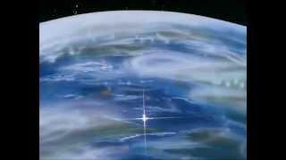 Le avventure del piccolo Bander, naufragato sul pianeta Zobi e qui adottato dalla sua regina. Quando scopre le sue origini terrestri, Bander sceglie di tornare ...