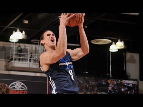 Dwight Powell Stars for Mavericks