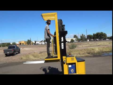 2004 yale oso30ecn24te089 stand up order picker forklift for sale 2004 yale oso30ecn24te089 stand up order picker forklift for sale in phoenix az youtube sciox Gallery