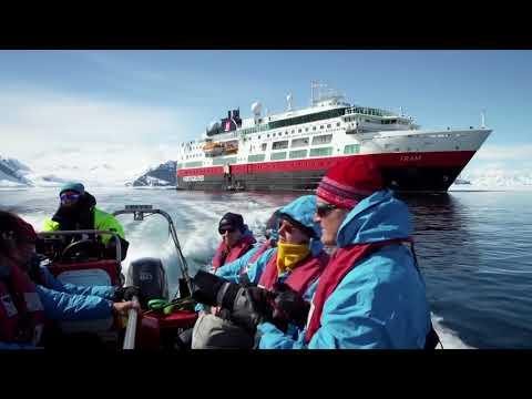 Exploring Antarctica with Hurtigruten