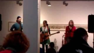 Laura Veirs - 'Jump Down, Spin Around' Live @ M.A.C. Birmingham 04/02/12
