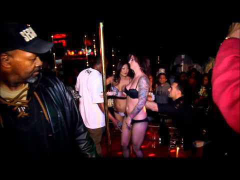 Strippers fighting @ David Cash Show @ Cheetah's Strip Club in Hollywood