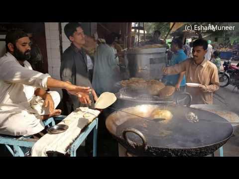 Halwa Puri (Taj Mahal) | Best Halwa Puri in Lahore | Walled City of Lahore | Lahore Street Food II