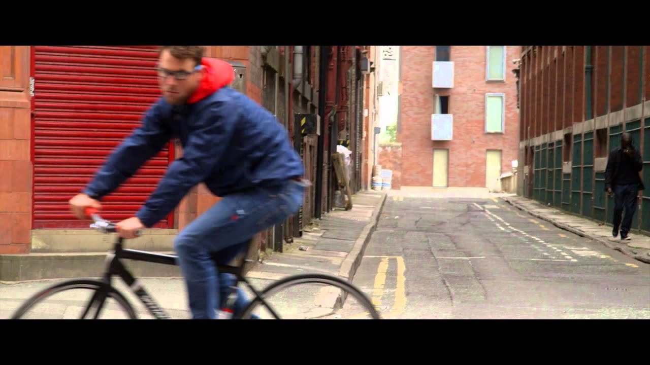 44bcd9148dd Oakley Crosslink Pitch - Mark Cavendish - YouTube