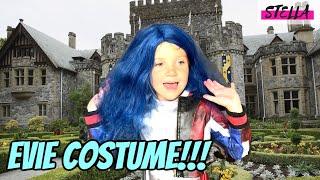 Stella wears an EVIE costume from DESCENDANTS 3!!!