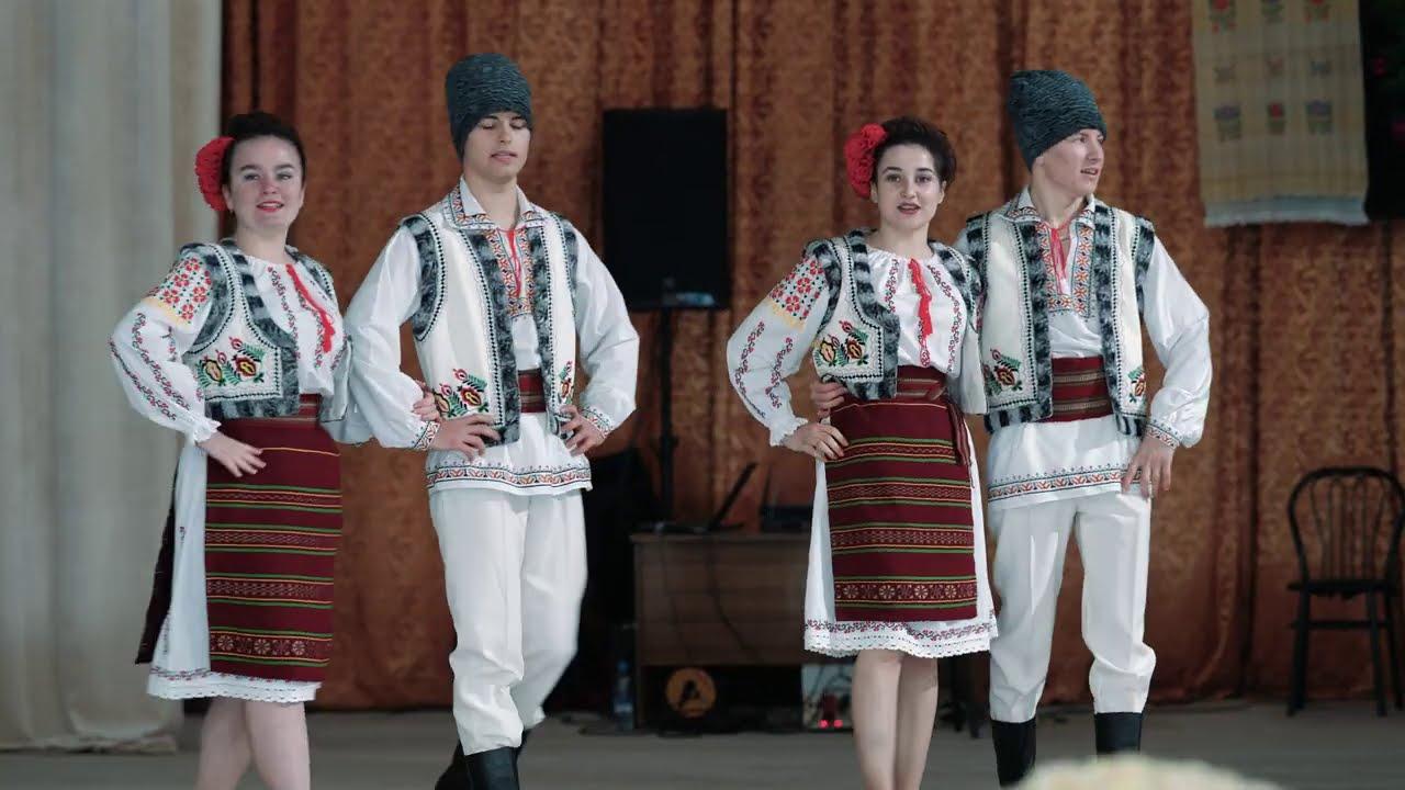 15 Sârba și Hora de sărbătoare - ansamblul ,,Cimpoieș