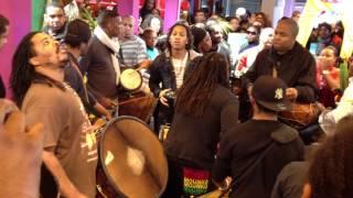 Prestation de Bwa bandé à la foire de Paris 2012