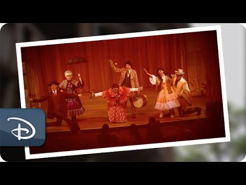 40 Years of Hoop-Dee-Doo Musical Revue | Walt Disney World