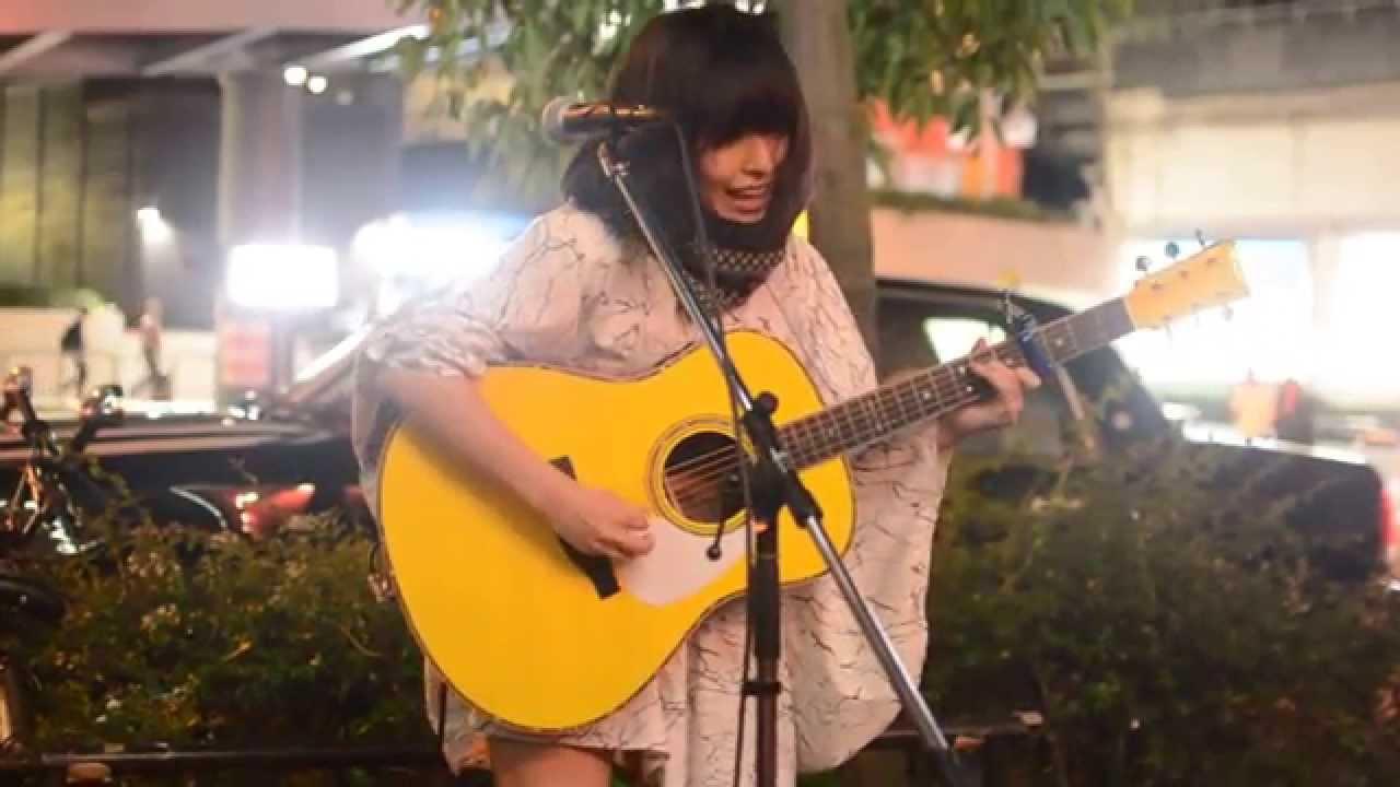 2015-10-11 酸欠少女さユり 梅田路上ライブ - YouTube