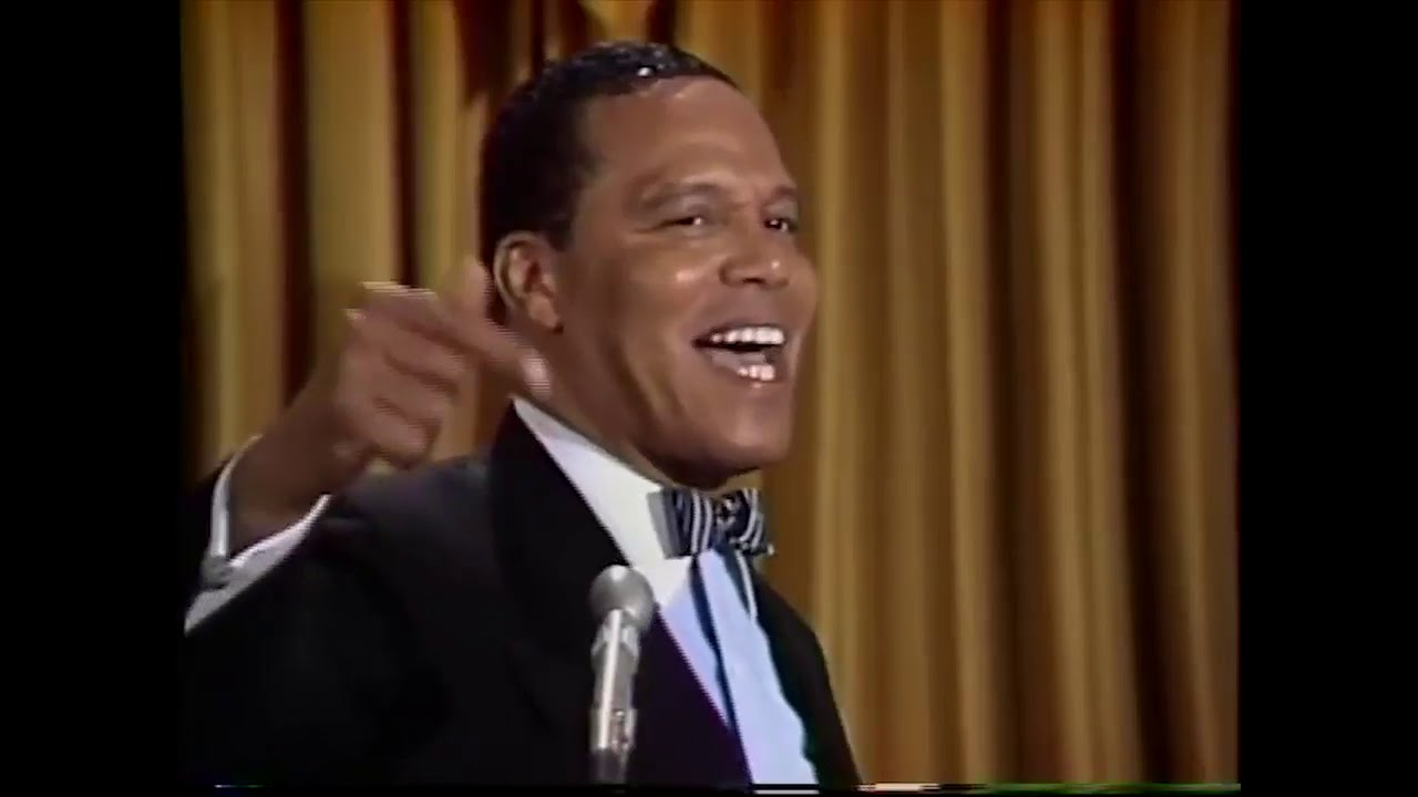 Minister Louis Farrakhan - Learn when men fall, don't Laugh