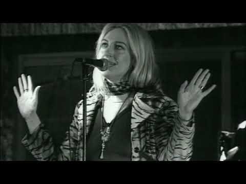 Mercedes Ferrer - El árbol de la magia (Videoclip Oficial)