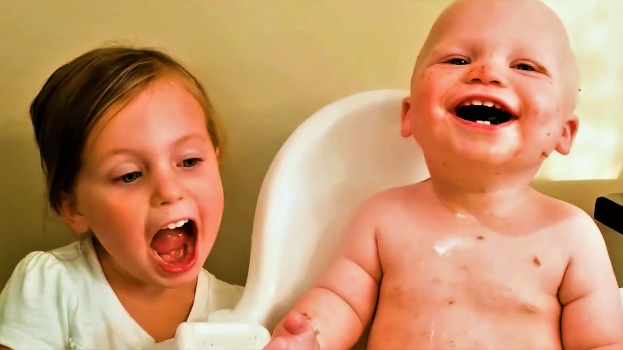 Happy Family With Funny Baby You Must Watch [Cute Babies]