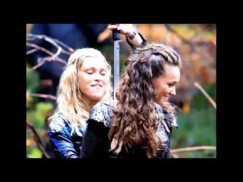 e144310d9ccce Clarke+Lexa VS Eliza+Alycia - YouTube