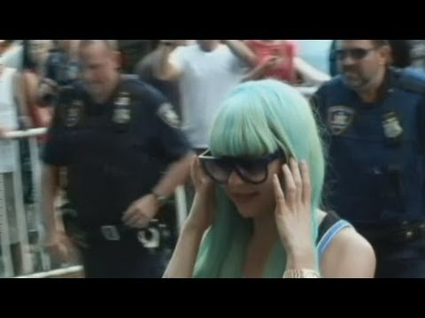 Is Amanda Bynes fit to stand trial? Troubled actress moves to mental health court