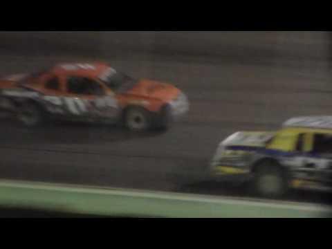 Usra Stock Car Amain @ Lakeside Speedway 10/15/16