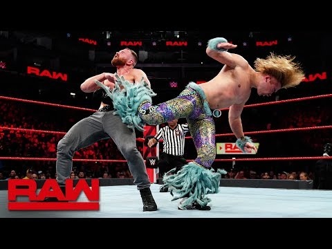 Dean Ambrose vs. Tyler Breeze - Intercontinental Championship Match: Raw, Dec. 17, 2018