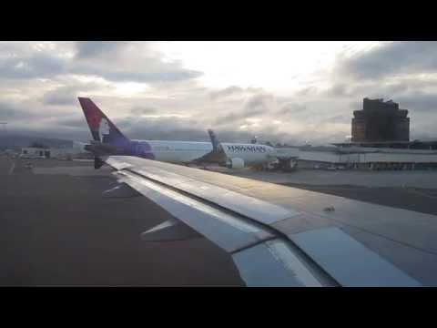 US Airways Airbus A319 takeoff from Oakland International Airport OAK