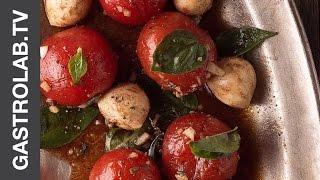 Салат из Маринованных Помидорок Черри и Шариками Моцареллы || FOOD TV Простой и Быстрый Рецепт