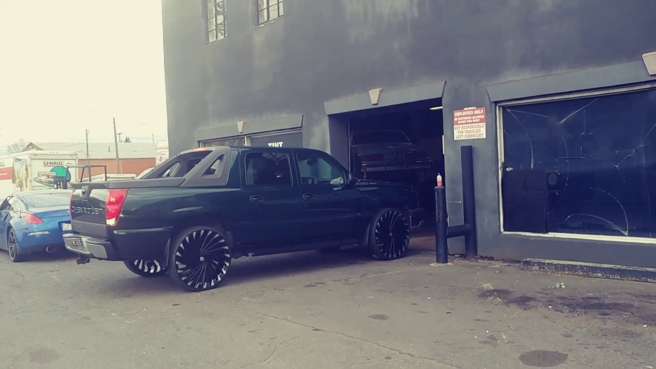 Chevy Avalanche On 28s Youtube