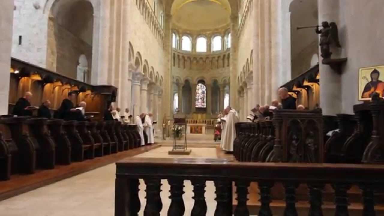 Abbaye de saint beno t de fleury youtube - Abbaye de citeaux horaires des offices ...